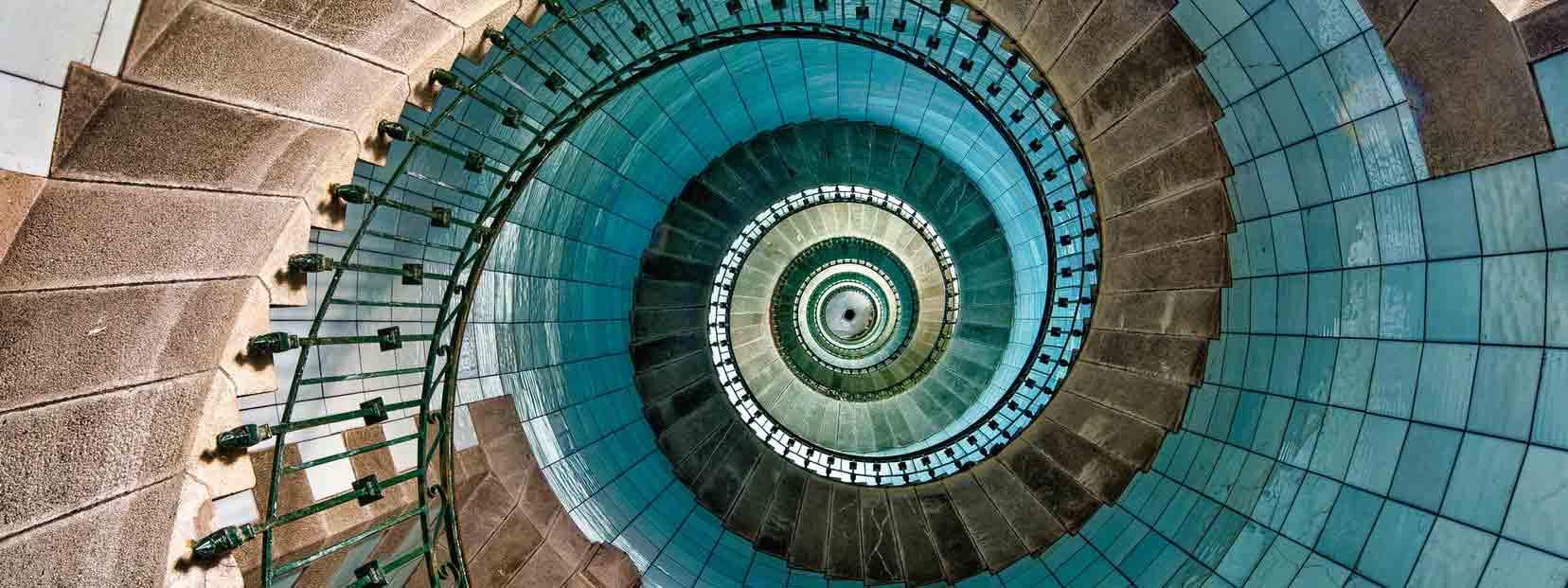 intérieur du phare de l'île vierge
