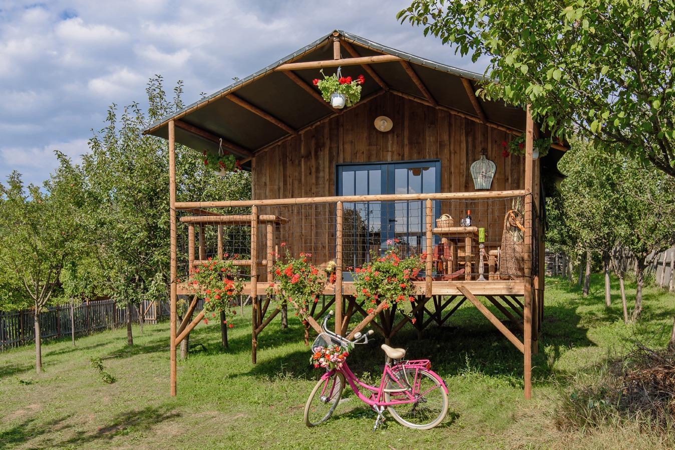 Camping Slow Village Loire Vallée, Les Ponts de Cé, Hébergement, Les Cabanes du monde, extérieur