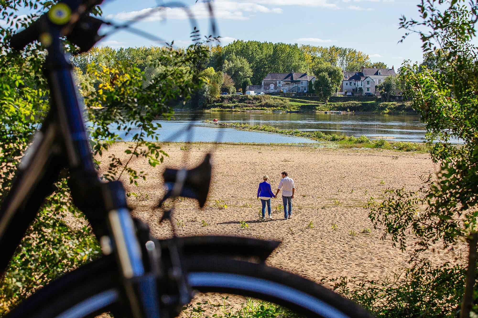 Camping Slow Village Loire Vallée, Les Ponts de Cé, le village, activités, bord de Loire, vélo